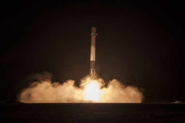 Iridium and SpaceX will deploy satellites in seven launches, sending 10 Iridium NEXT satellites at a time. (SpaceX)