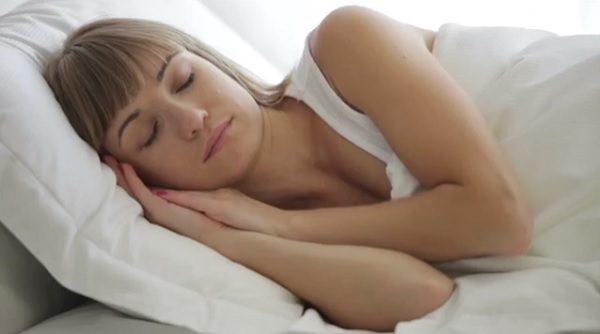 Sleeping for an hour after lunch has been linked to a mental boost in older adults. (YouTube)