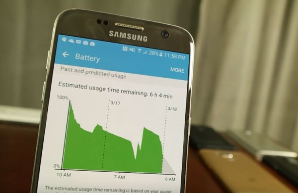 A smartphone displays the estimated usage time remaining of the device.
